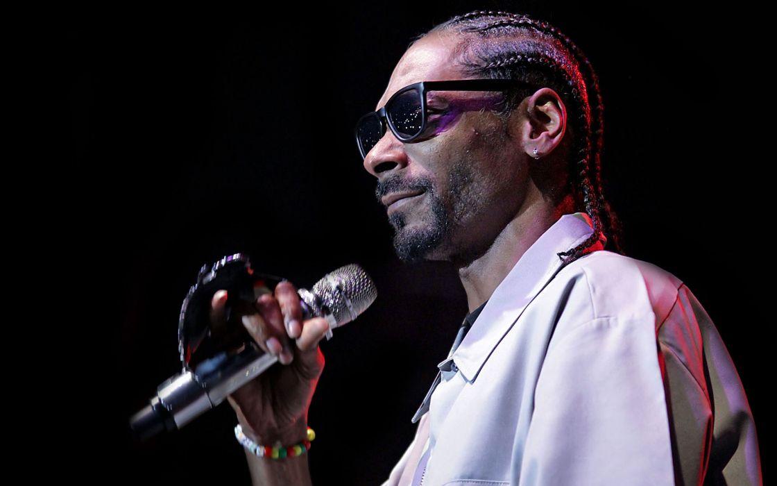 SNOOP-DOGG snoop dogg gangsta hip-hop hip hop rap concert concerts microphone   s wallpaper