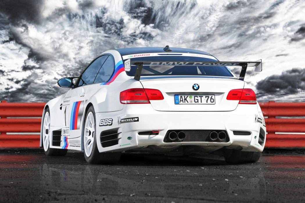 2011 CLP BMW M-3 G-T race racing     w wallpaper