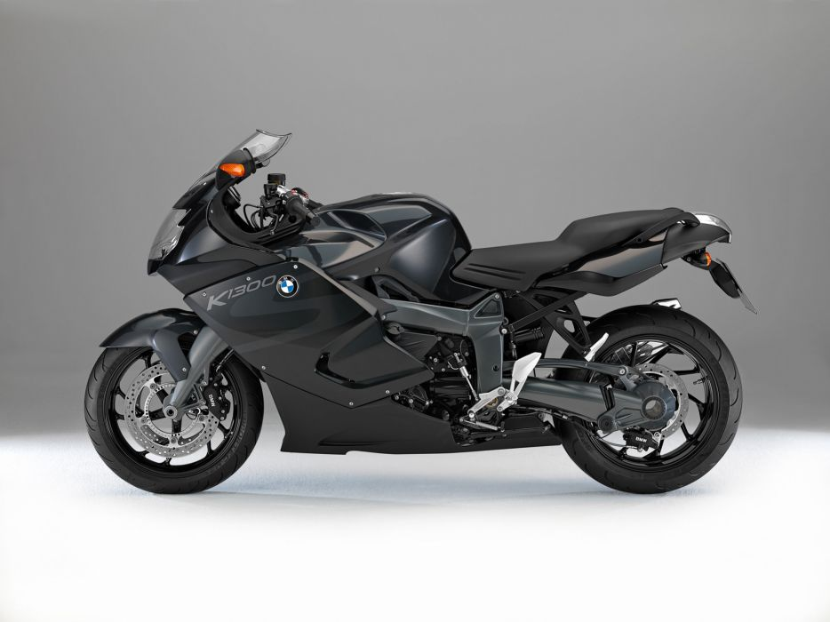 2013 BMW K1300S wallpaper