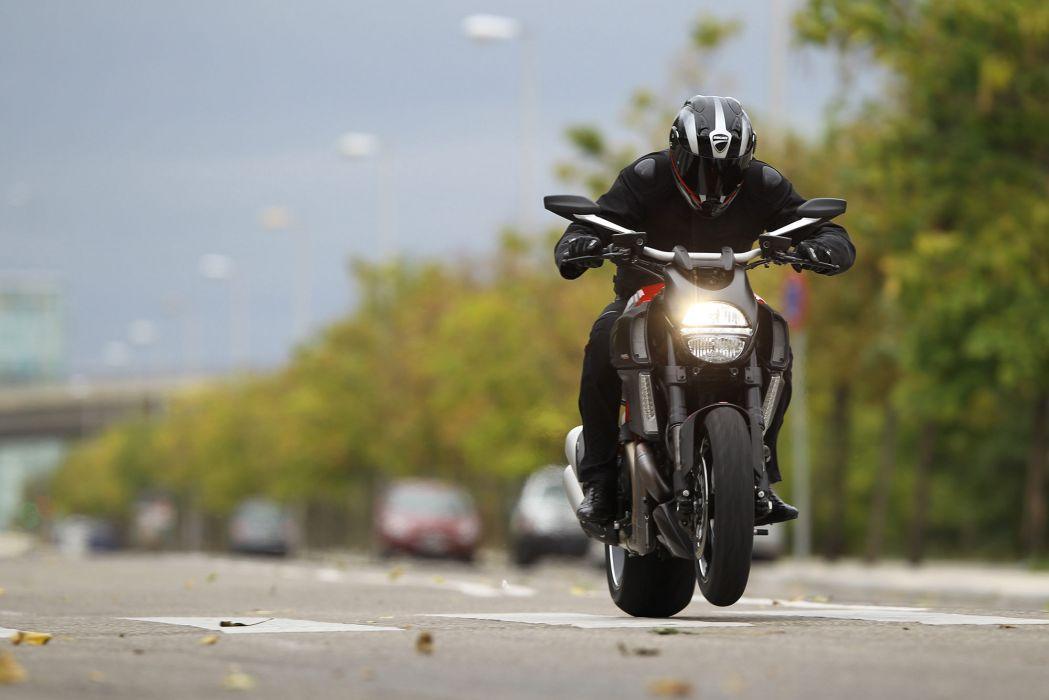 2013 Ducati Diavel Carbon wheelie wallpaper