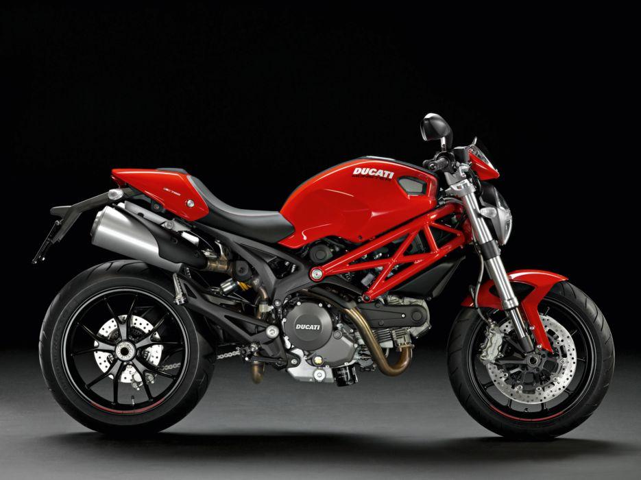 2013 Ducati Monster 796 w wallpaper