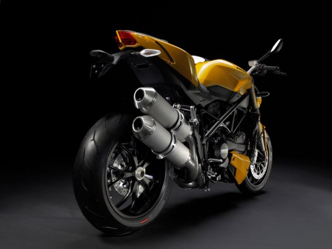 2013 Ducati Streetfighter 848 f wallpaper