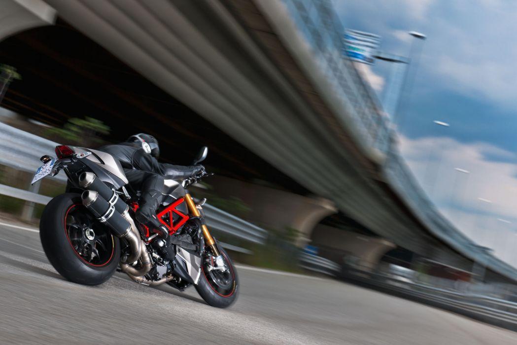 2013 Ducati Streetfighter S q wallpaper
