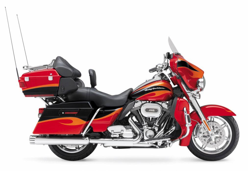 2013 Harley Davidson FLHTCUSE8 CVO Ultra Classic Electra Glide e wallpaper