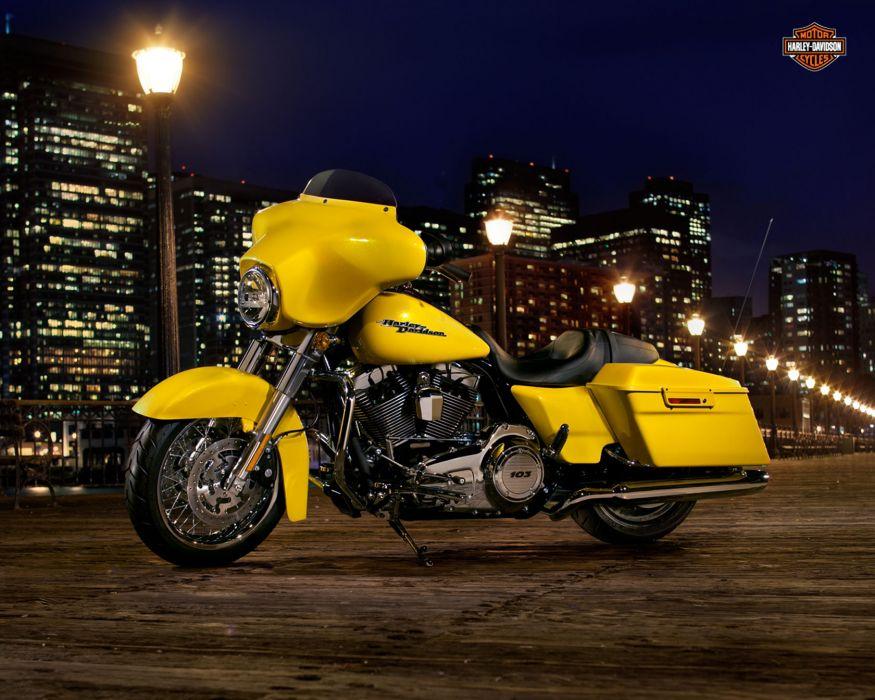 2013 Harley Davidson FLHX Street Glide wallpaper