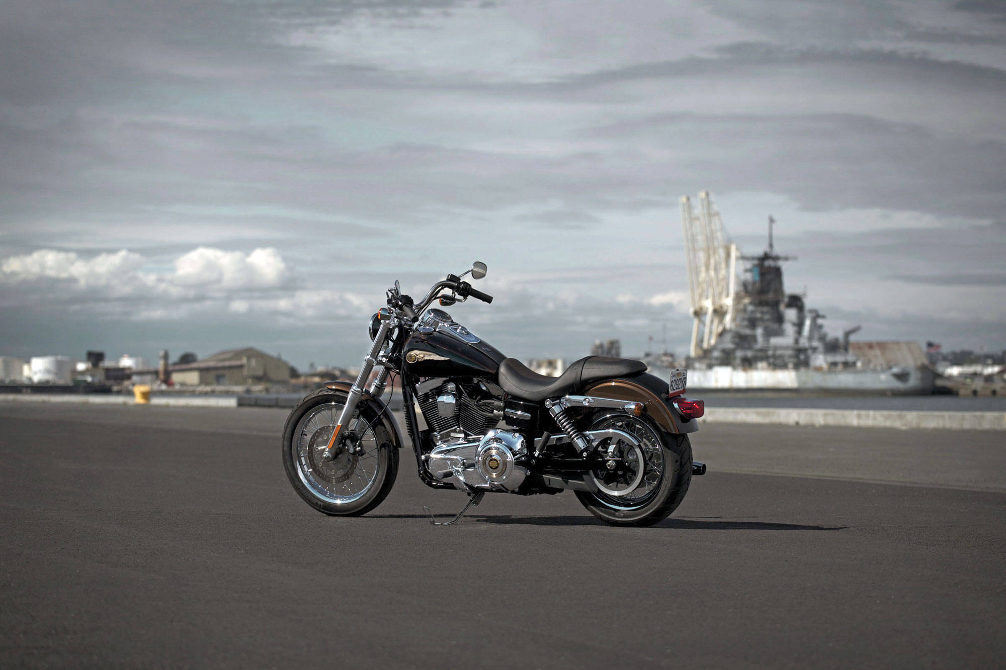 Harley Davidson Dyna Super Glide Sport Wallpaper