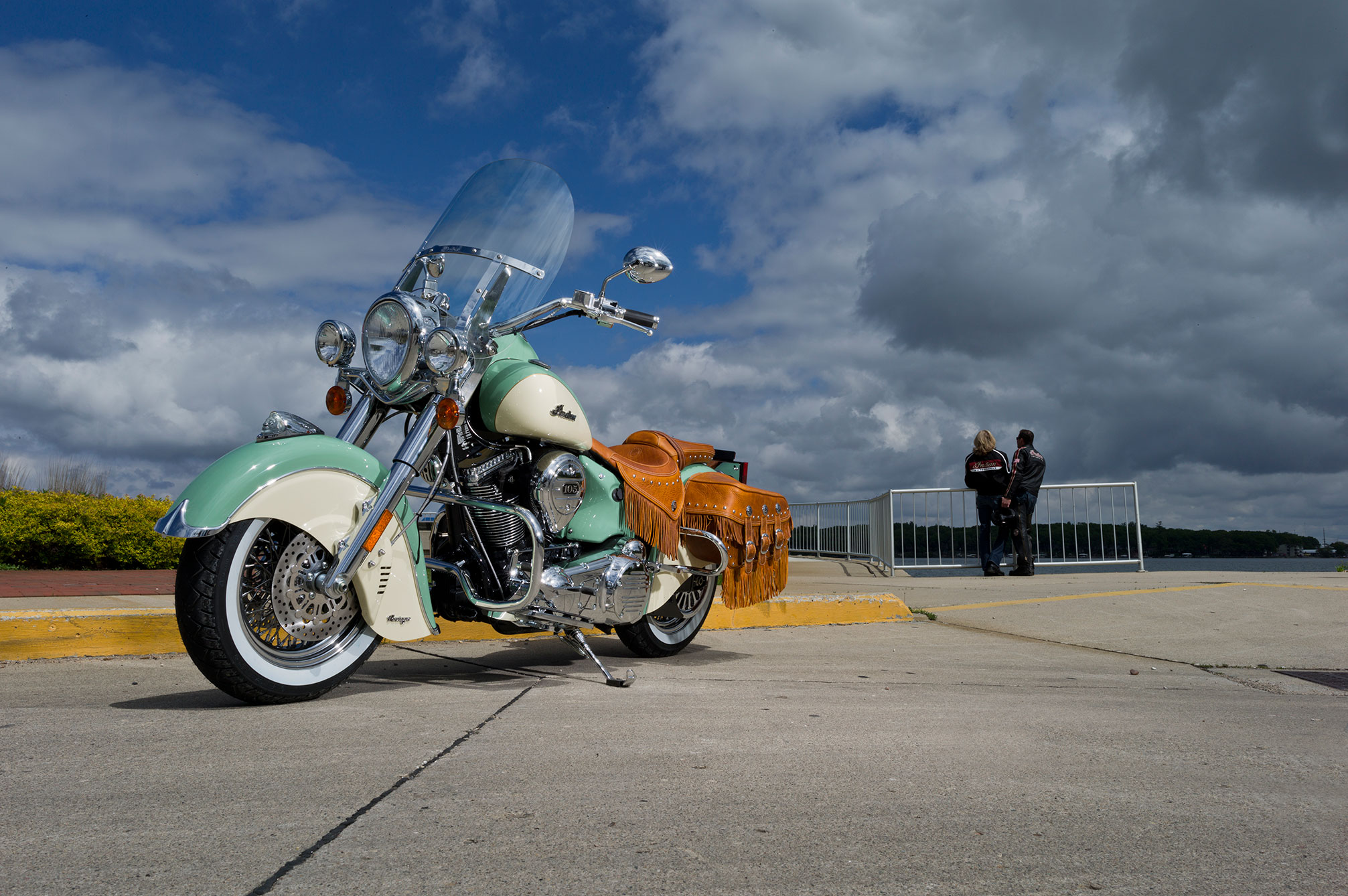 2013 Indian Chief Vintage D Wallpaper