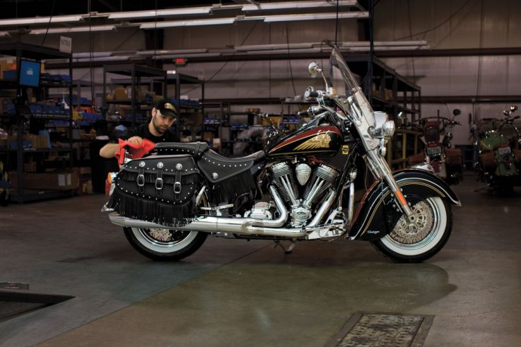 2013 Indian Chief Vintage F-E wallpaper