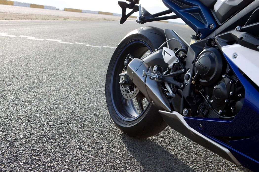 2013 Triumph Daytona 675 wheel wheels wallpaper