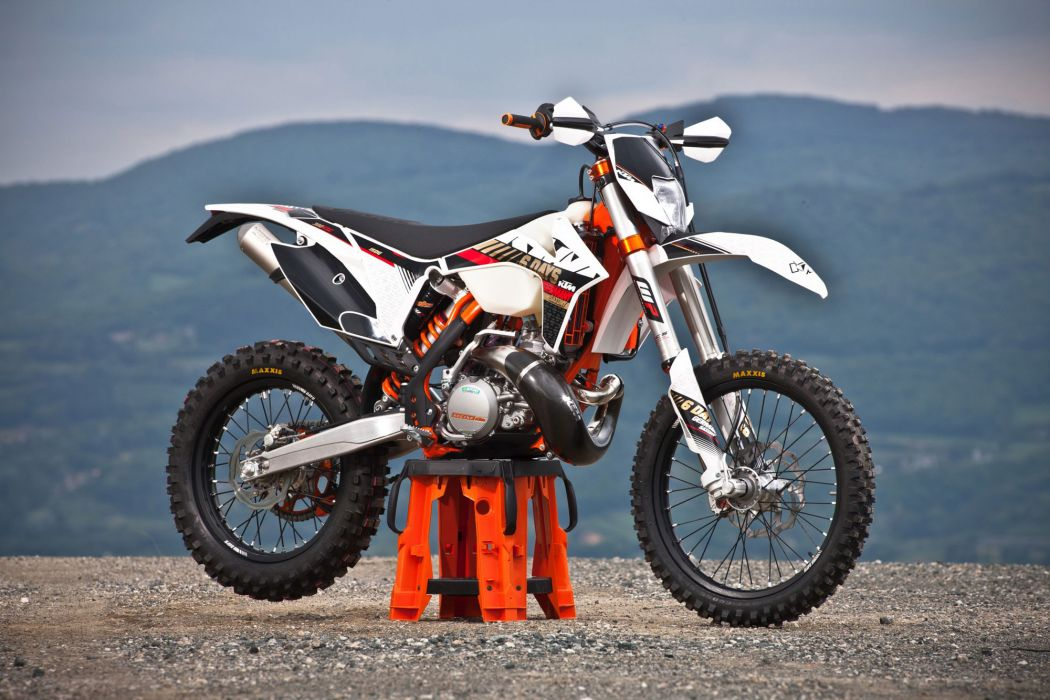 2013 KTM 300 EXC Six Days q wallpaper