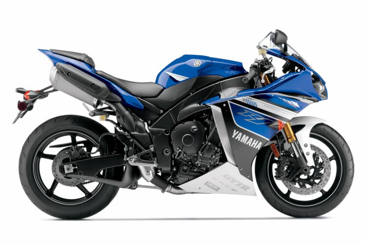 2013 Yamaha YZF-R1 y wallpaper