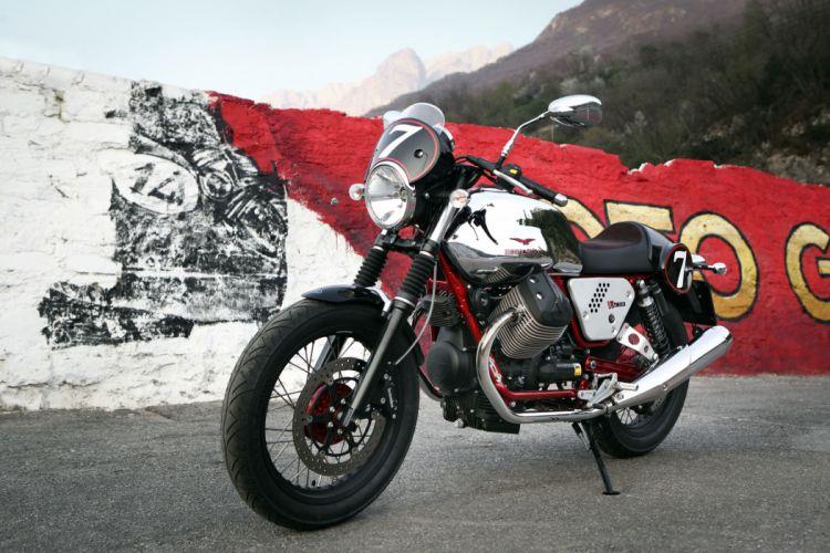 2013 Moto Guzzi V7 Racer q wallpaper