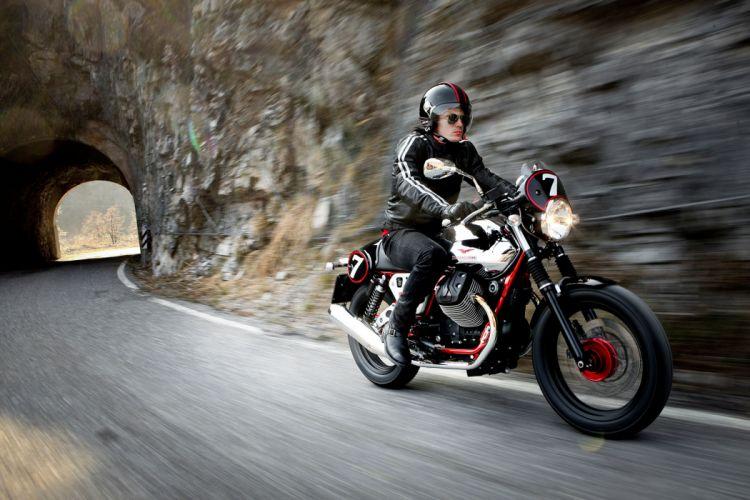 2013 Moto Guzzi V7 Racer w wallpaper