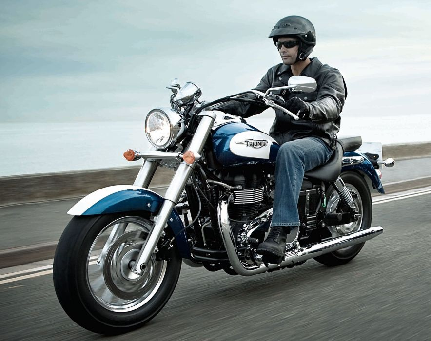2013 Triumph America wallpaper