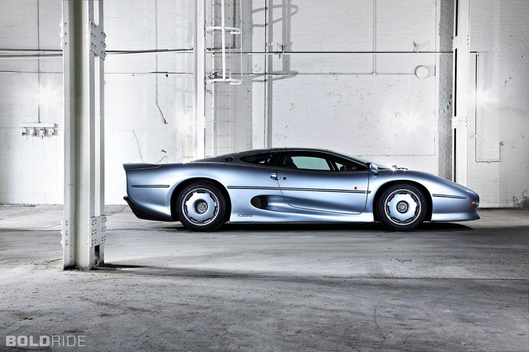 1994 Jaguar XJ220 supercar supercars wallpaper