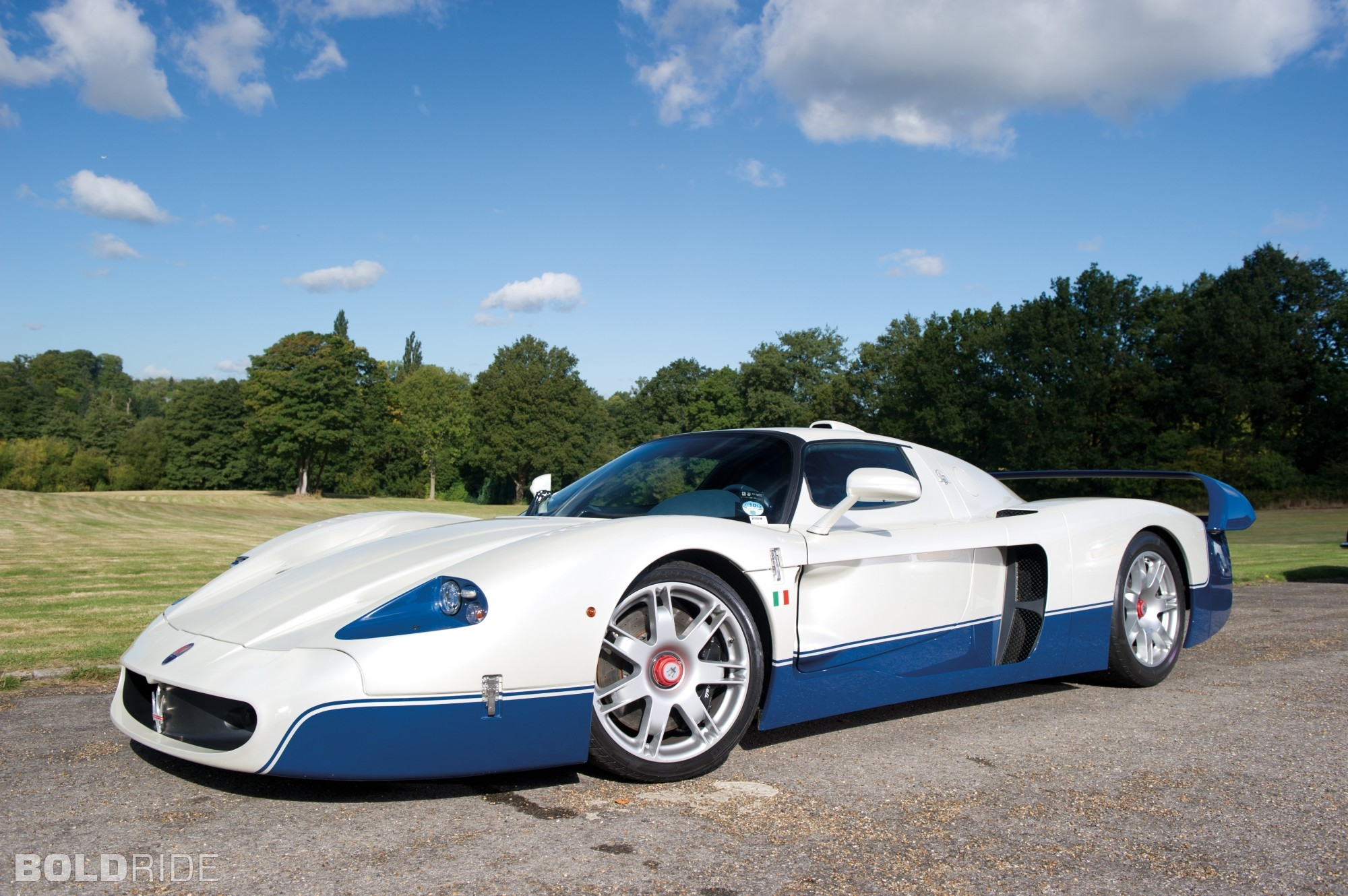 2005 maserati mc12 supercar supercars wallpaper 2000x1330 88483 wallpaperup. Black Bedroom Furniture Sets. Home Design Ideas