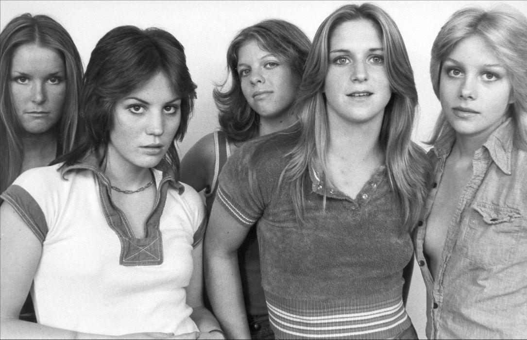 JOAN JETT the runaways hard rock singer band bands group groups girl girls women wallpaper
