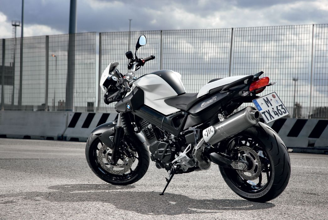 2009 BMW F800R wallpaper