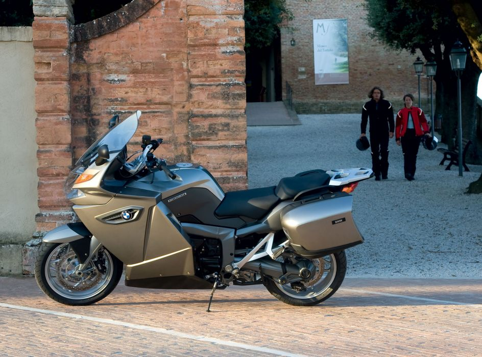 2009 BMW K1300GT wallpaper