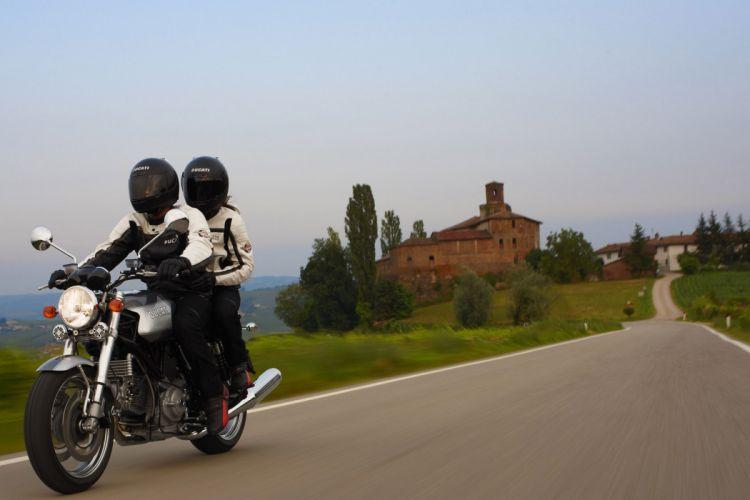 2009 Ducati GT1000 wallpaper