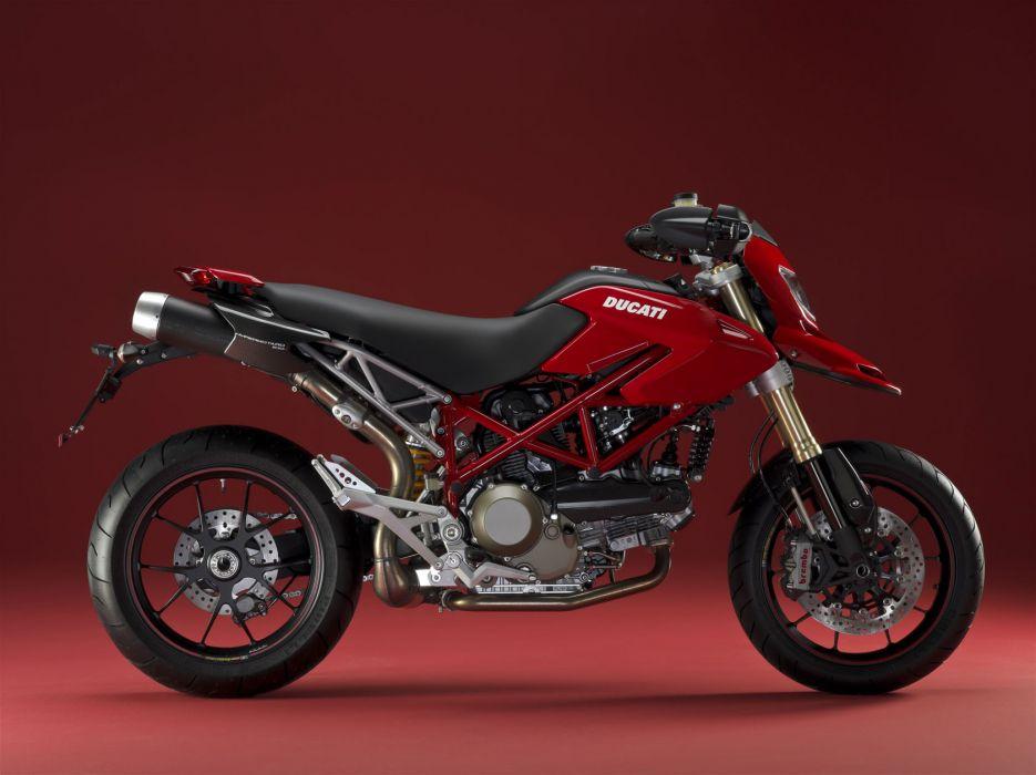 2009 Ducati Hypermotard 1100 S wallpaper