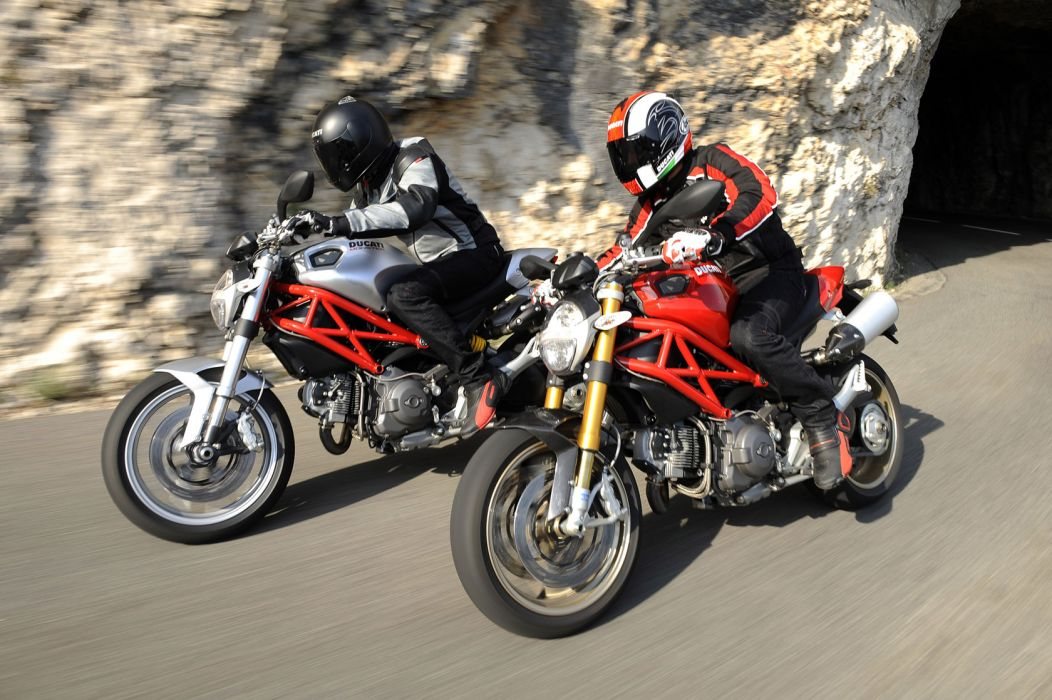 2009 Ducati Monster 1100   s wallpaper