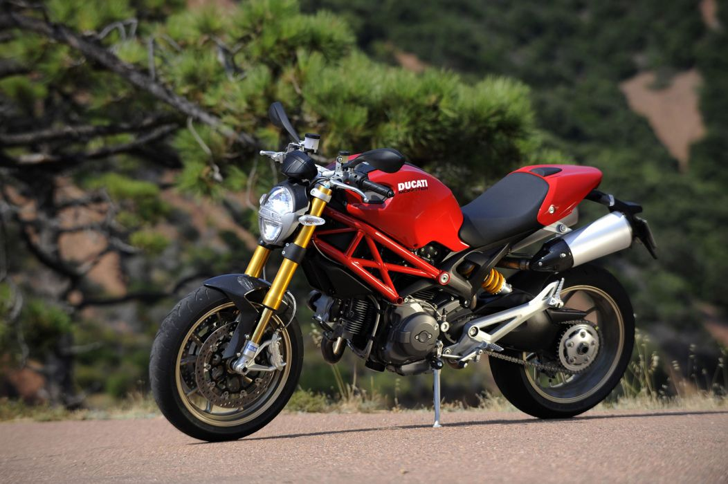 2009 Ducati Monster 1100S wallpaper