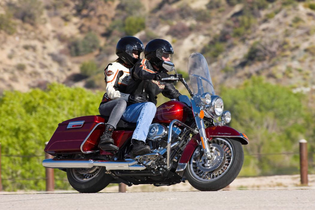 2009 Harley Davidson FLHR Road King wallpaper