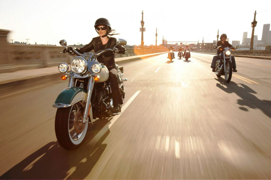 2009 Harley Davidson FLHRC Road King Classic wallpaper