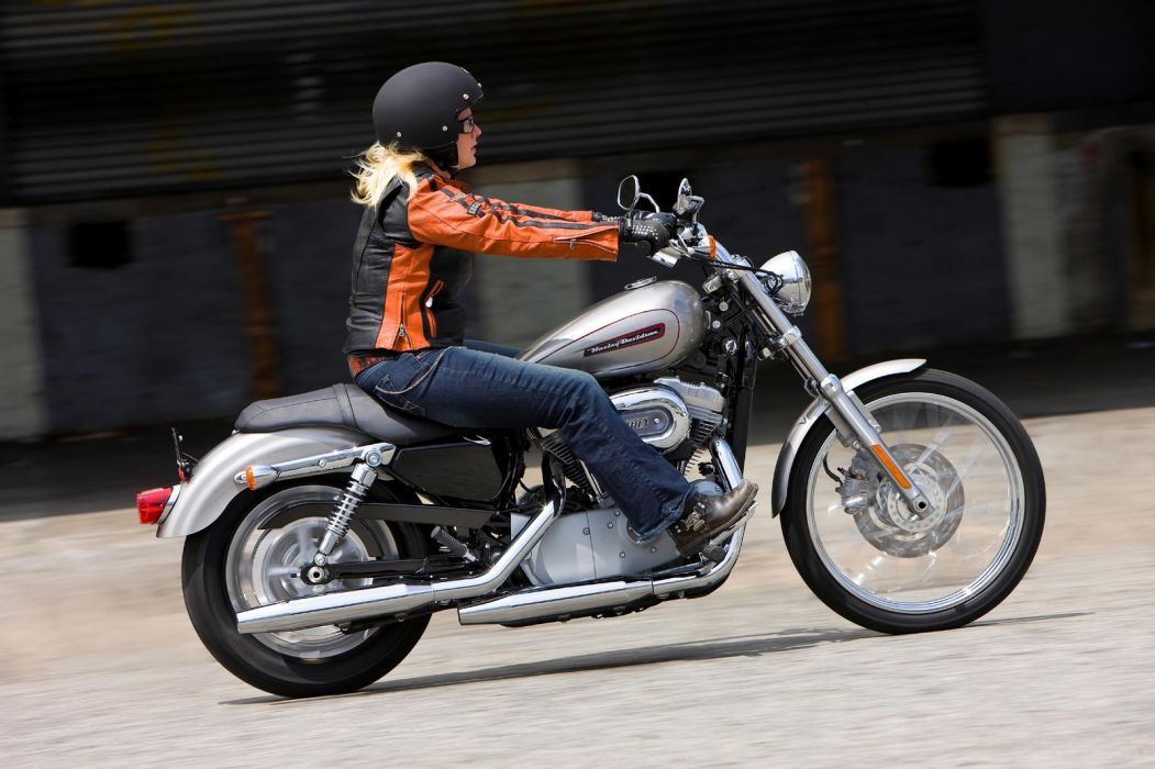 2009 Harley Davidson Sportster 883 Custom XL883C wallpaper