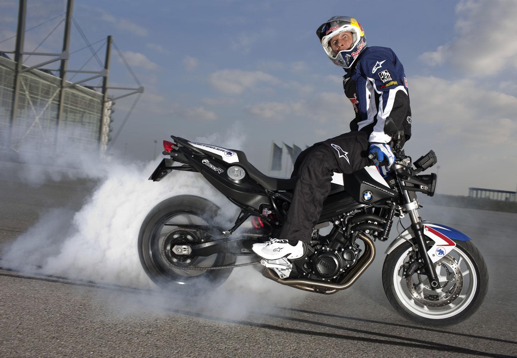 2010 BMW F800R Chris Pfeiffer Edition burnout smoke ...