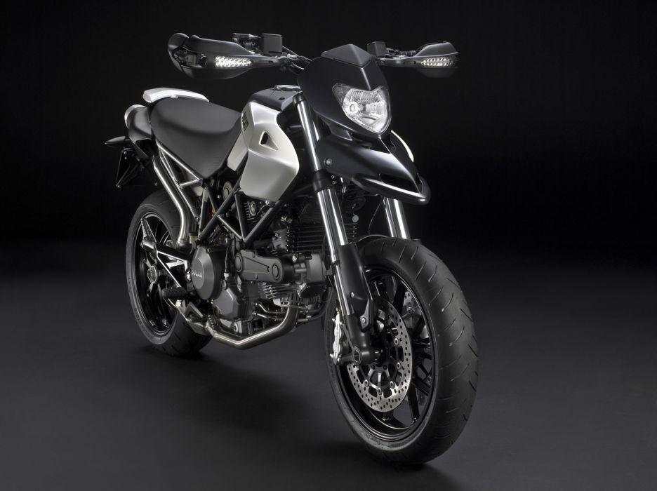 2010 Ducati Hypermotard 796   f wallpaper