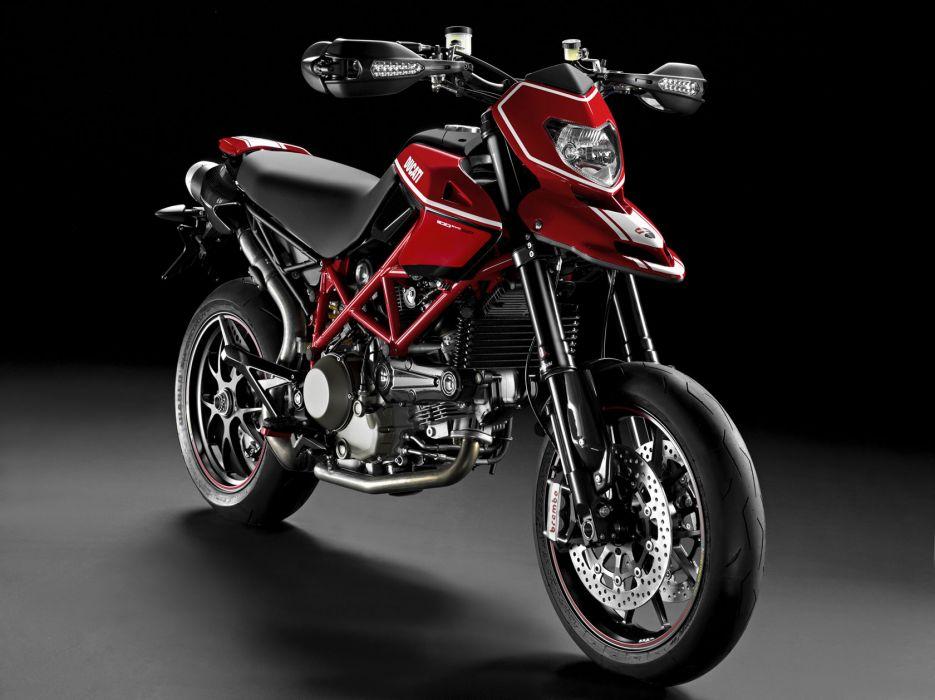 2010 Ducati Hypermotard 1100 EVO S-P g wallpaper