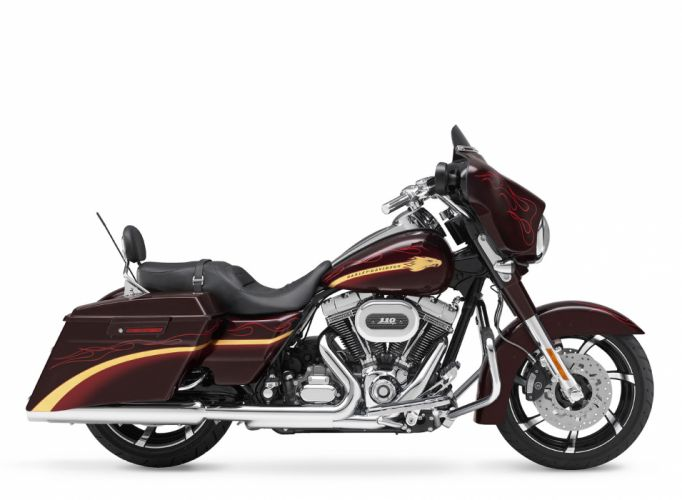 2010 Harley Davidson CVO Sreet Glide FLHXSE wallpaper