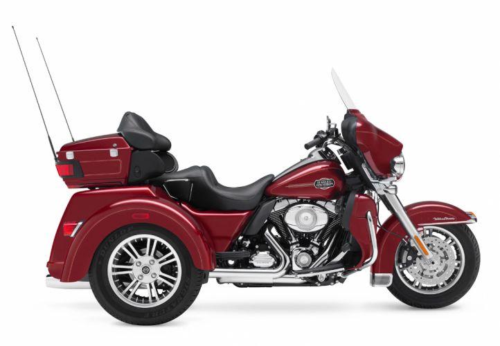 2010 Harley Davidson Tri Glide Ultra Classic FLHTCUTG wallpaper