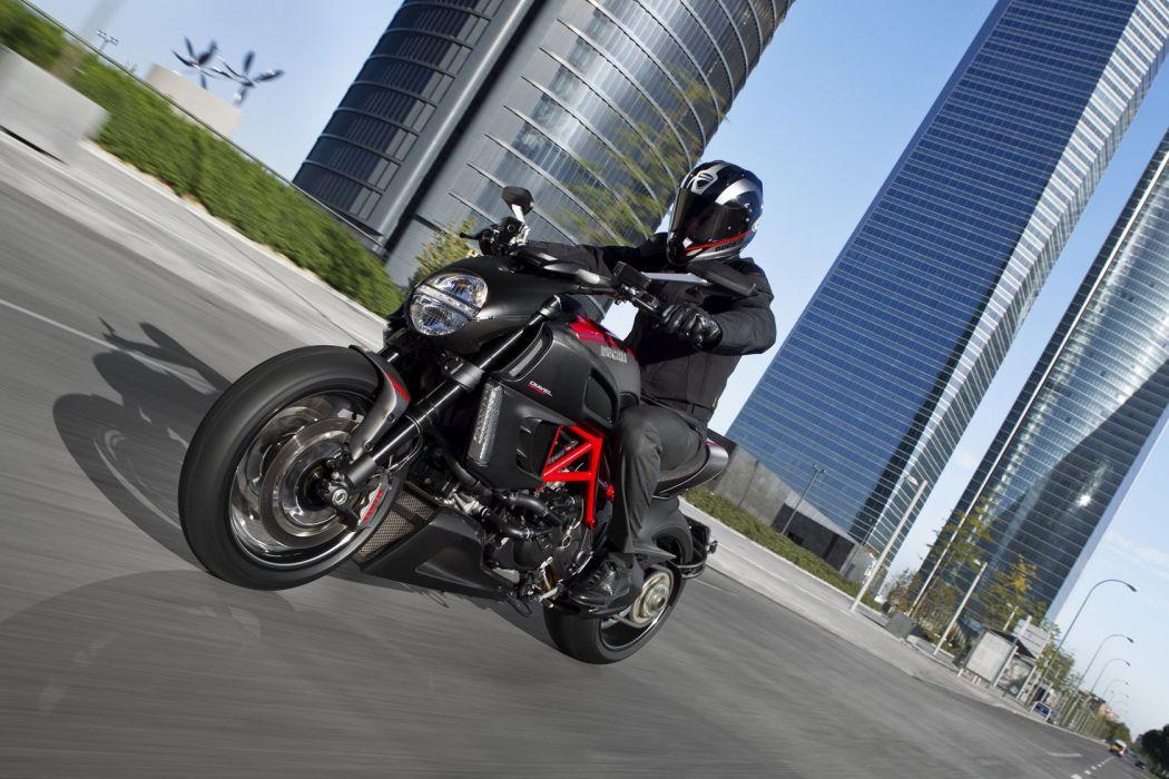 2011 Ducati Diavel Carbon   f wallpaper