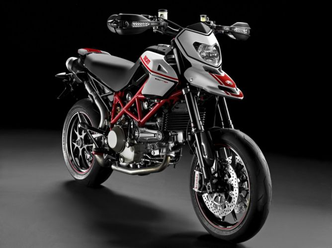 2011 Ducati Hypermotard 1100 EVO S-P f wallpaper