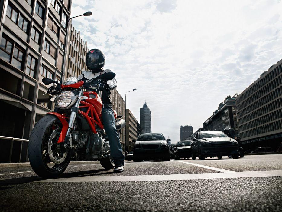 2011 Ducati Monster 696 wallpaper