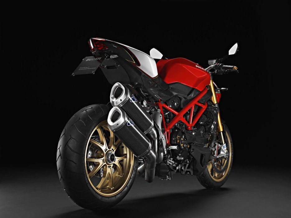 2011 Ducati Streetfighter S   g wallpaper