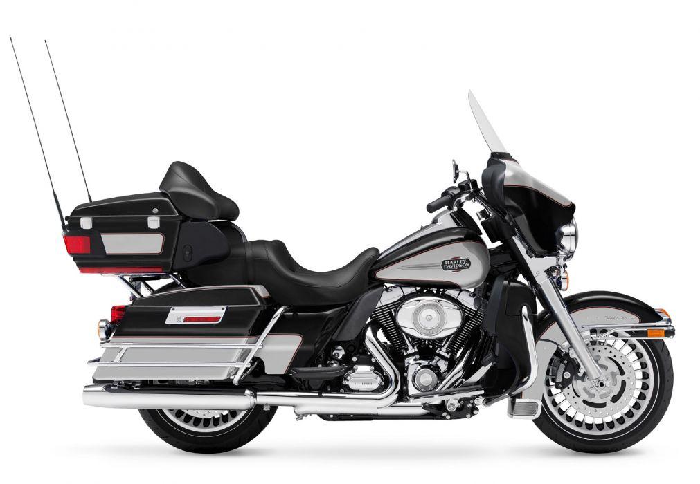 2011 Harley Davidson FLHTCU Ultra Classic Electra Glide wallpaper