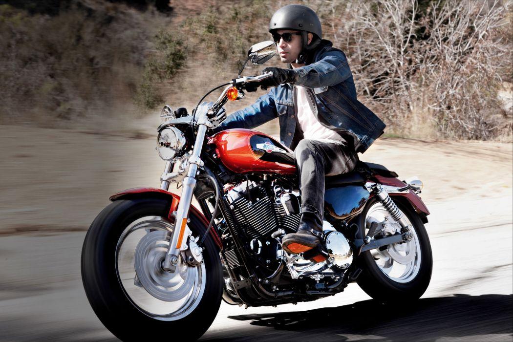 2011 Harley Davidson XL1200C Custom H-D1 Sportster w wallpaper