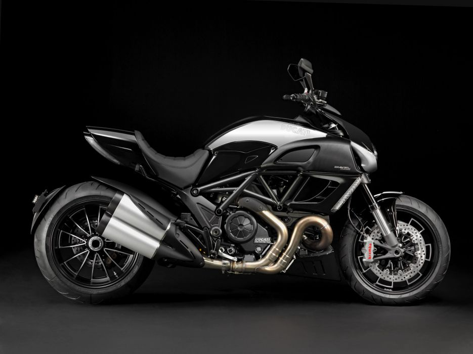 2012 Ducati Diavel Cromo wallpaper