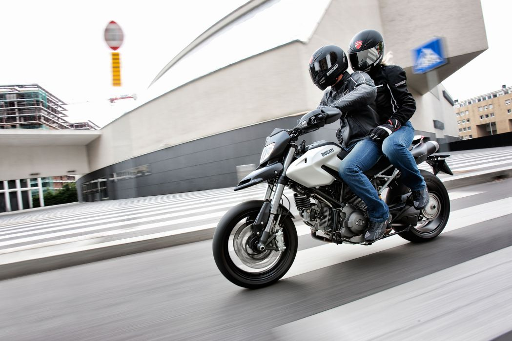 2012 Ducati Hypermotard 796   h wallpaper