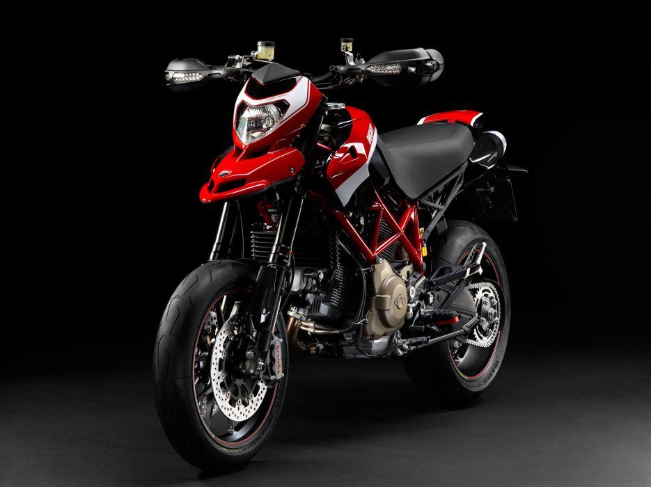 2012 Ducati Hypermotard 1100 EVO S-P    h wallpaper