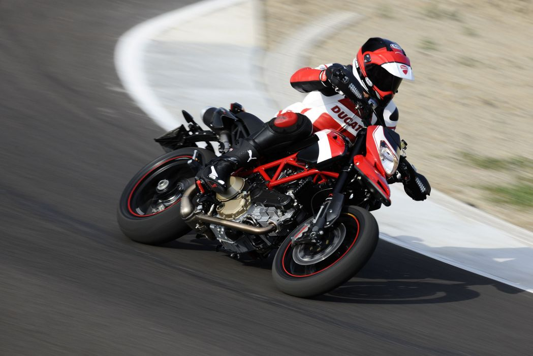2012 Ducati Hypermotard 1100 EVO S-P  j wallpaper