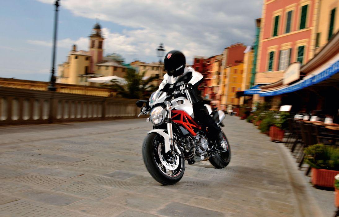 2012 Ducati Monster 796   g wallpaper
