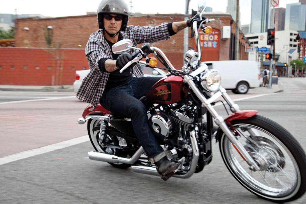 2012 Harley Davidson XL1200V Seventy-Two wallpaper