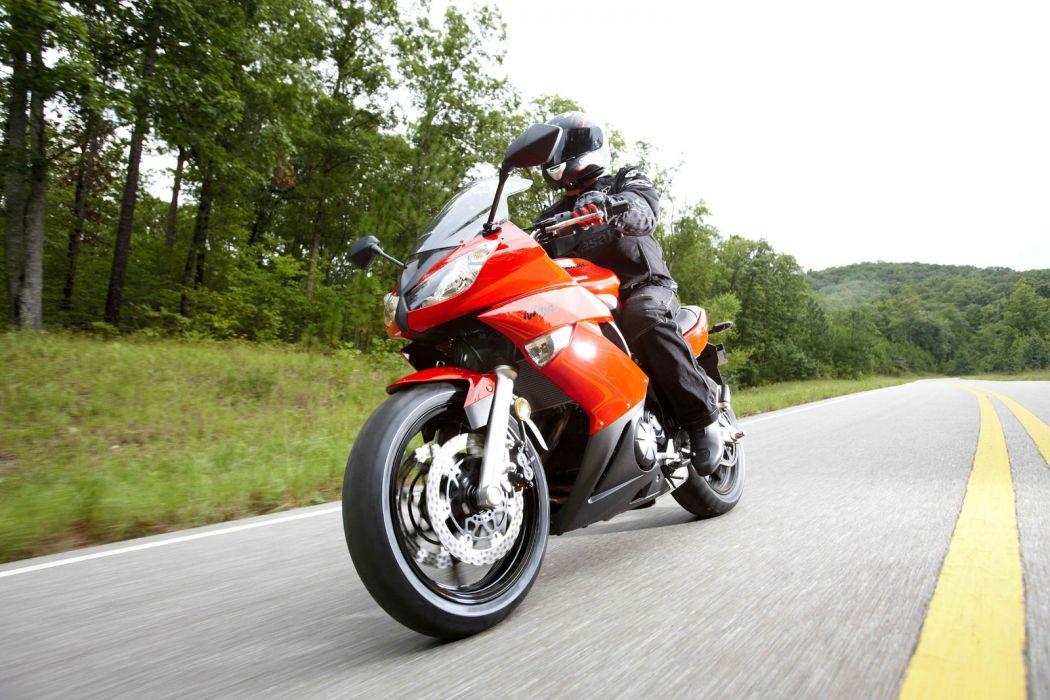 2009 Kawasaki Ninja 650R wallpaper
