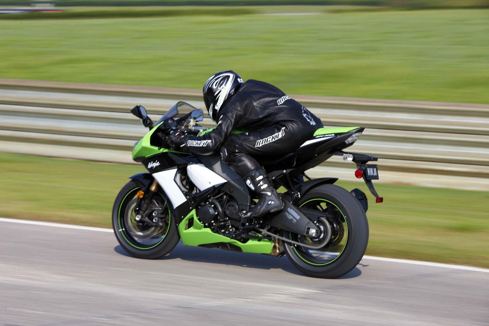 Kawasaki Ninja ZXR x wallpaper Cars and Bikes