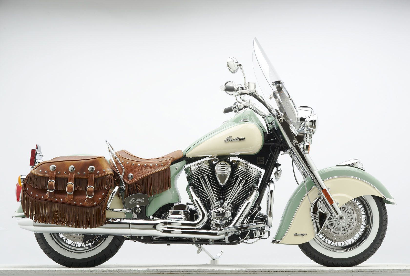 2010 Indian Chief Vintage G Wallpaper